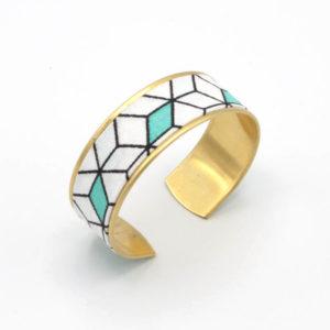 bracelet manchette laiton doré tissu cube graphique 3D blanc bleu turquoise
