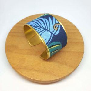 bracelet manchette laiton et coton, jungle feuilles animaux bleu, vert et jaune