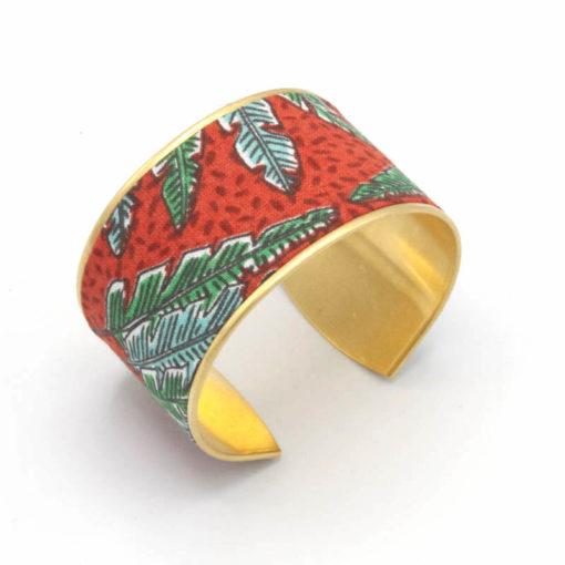 bracelet manchette laiton tissu jungle feuilles rouge bleu vert