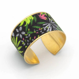 bracelet manchette jungle feuilles fleurs noir vert rose