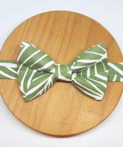 noeud papillon feuilles vert eau blanc